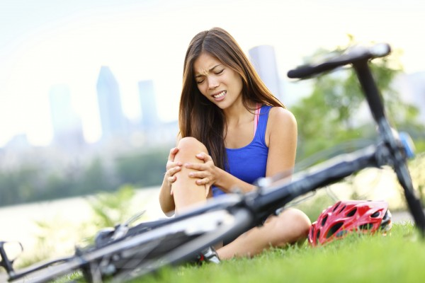 Suffering From Knee Pain While Cycling? Know The Precautions