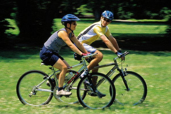 Cycling Guide: Top Useful Tips For Beginners & Benefits
