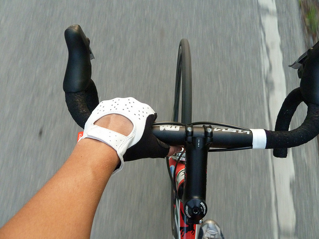 Materials and Styles Of Bike Gloves